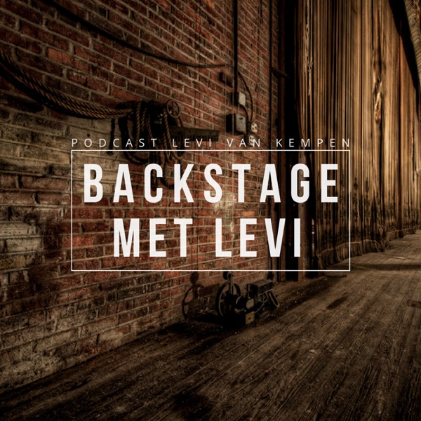 BACKSTAGE MET LEVI