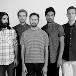 View artist Young the Giant