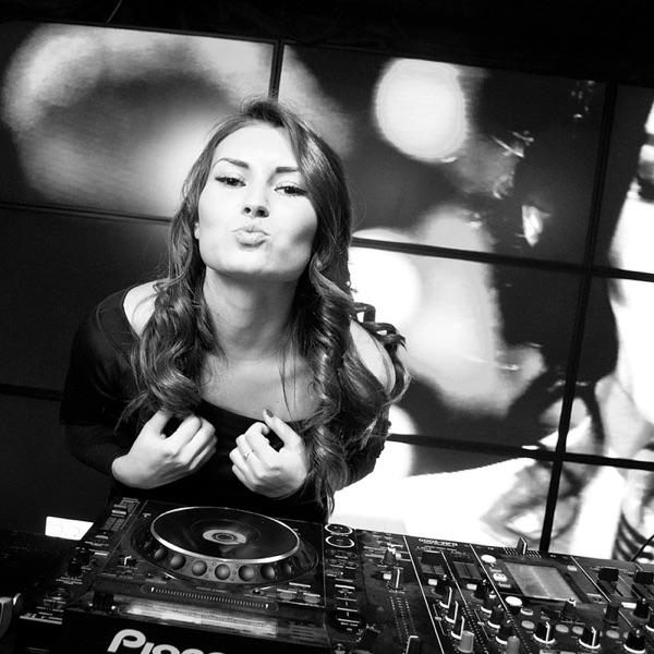 DJ Dasha IvLife