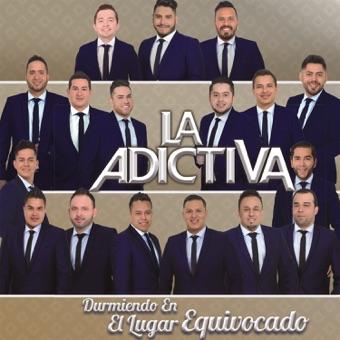 Durmiendo en el Lugar Equivocado – La Adictiva Banda San José de Mesillas