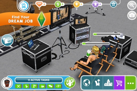 The Sims™ FreePlay screenshot 2